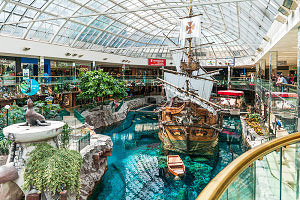 West Edmonton Mall_ Canada